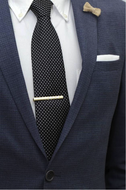 Custom Lapel Pins- A Great Way to Style Your Suit Jacket